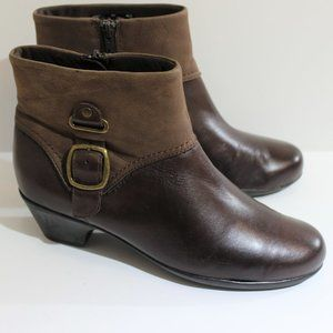CLARKS Brown Two Tone Leather Ankle Boots 8W